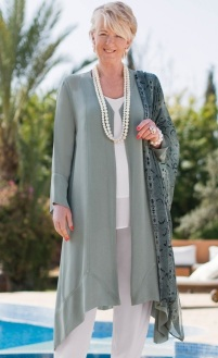 Fashion-Advice-for-Women-Over-50-2